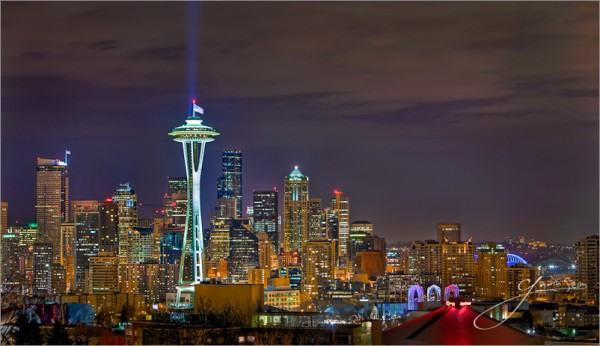 Midnight Seattle Night Photography 600x346 Three 30 Second Tips to Better Photos: